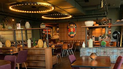 JAJA Restaurant & Bar